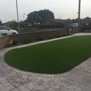 Shaped lawn
